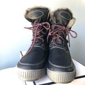 NWOT Skechers Waterproof Outdoor 8 Snow Warm Boot